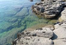 Les rochers et la mer…