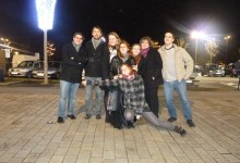 22 Décembre: Photo de famille à la sortie du restau