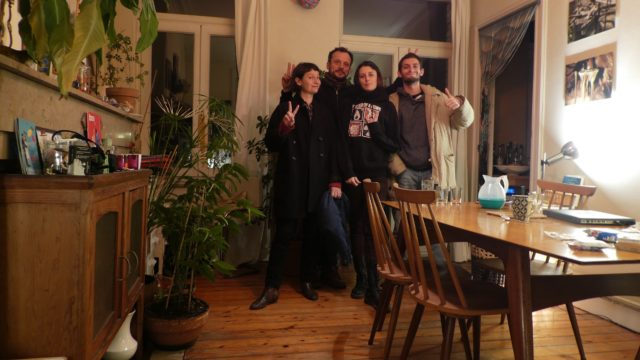 02 mars: photo souvenir post soirée