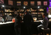 19 Septembre: reunión en el bar